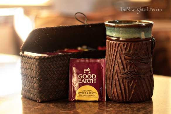 compact tea storage