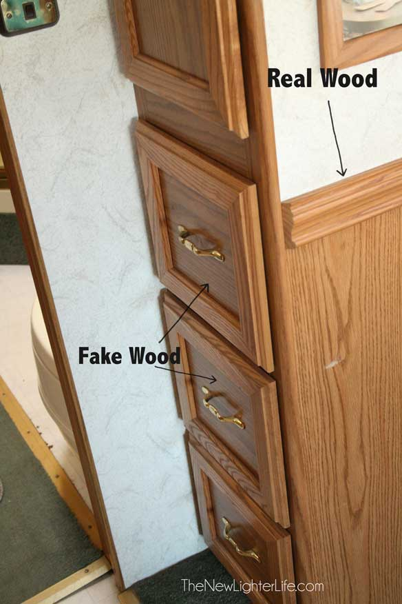 Drawers-with-Fake-Wood-before-painting