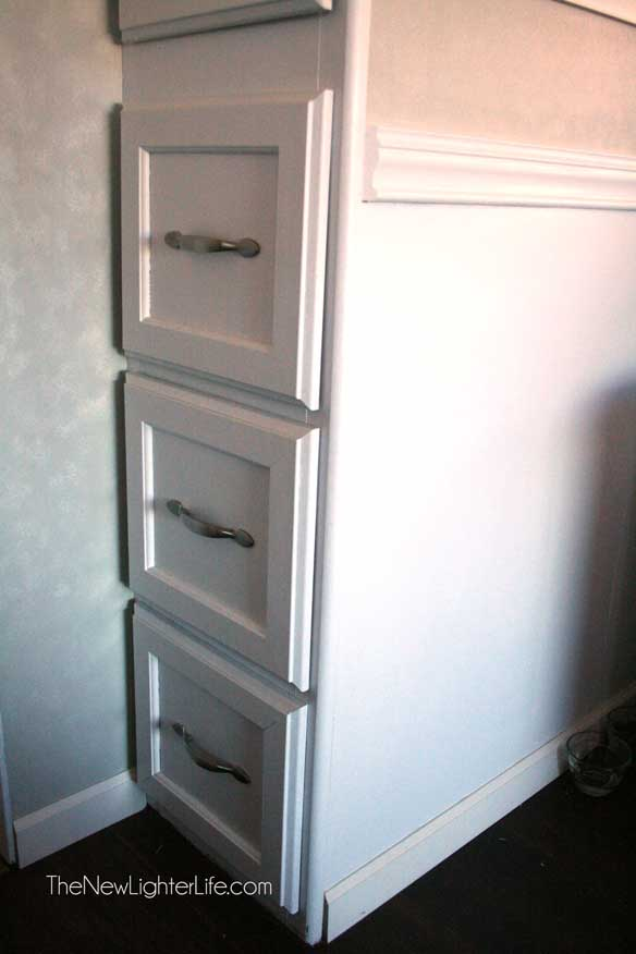 rv-cabinets-after-nuvo-cabinet-paint