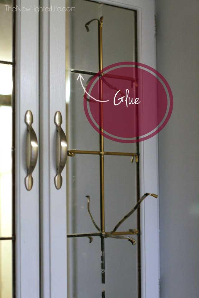 glue-on-90s-paneled-mirror