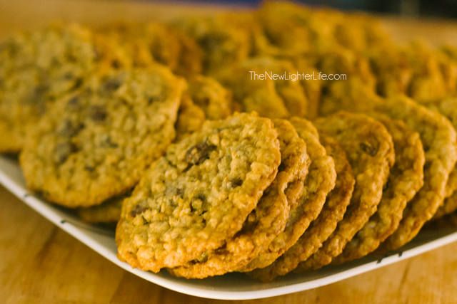 Easy Chocolate Chip Cookies for a Crowd - With Oatmeal